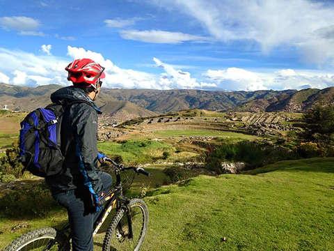 Full Day: Biking en el Valle Sagrado de los Incas [Extremo]