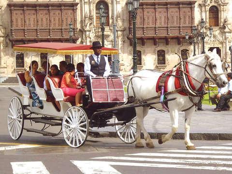 Carruajes de Lujo en el Centro Lima