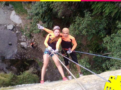Caminata a la Catarata de Huanano
