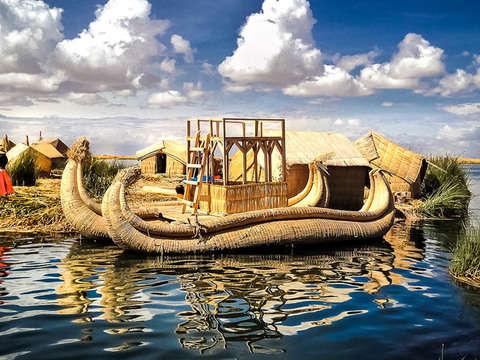 Tour: Isla Flotante Uros