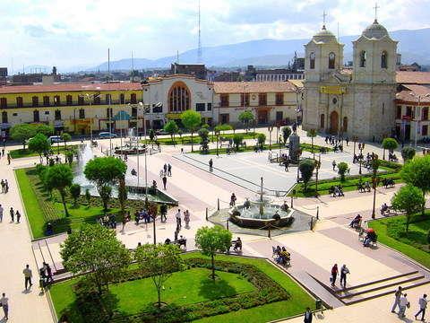 Aquisito Nomas!! Visite el Majestuoso Valle del Mantaro.